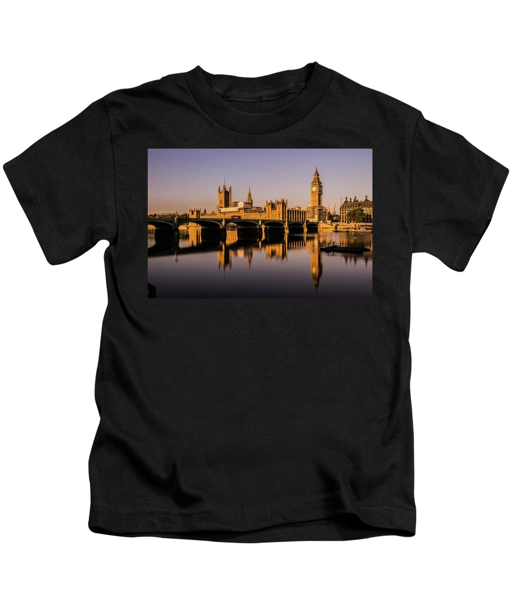 Houses Of Parliament Kids T-Shirt featuring the photograph Houses Of Parliament With Westminster Bridge. by Nigel Dudson