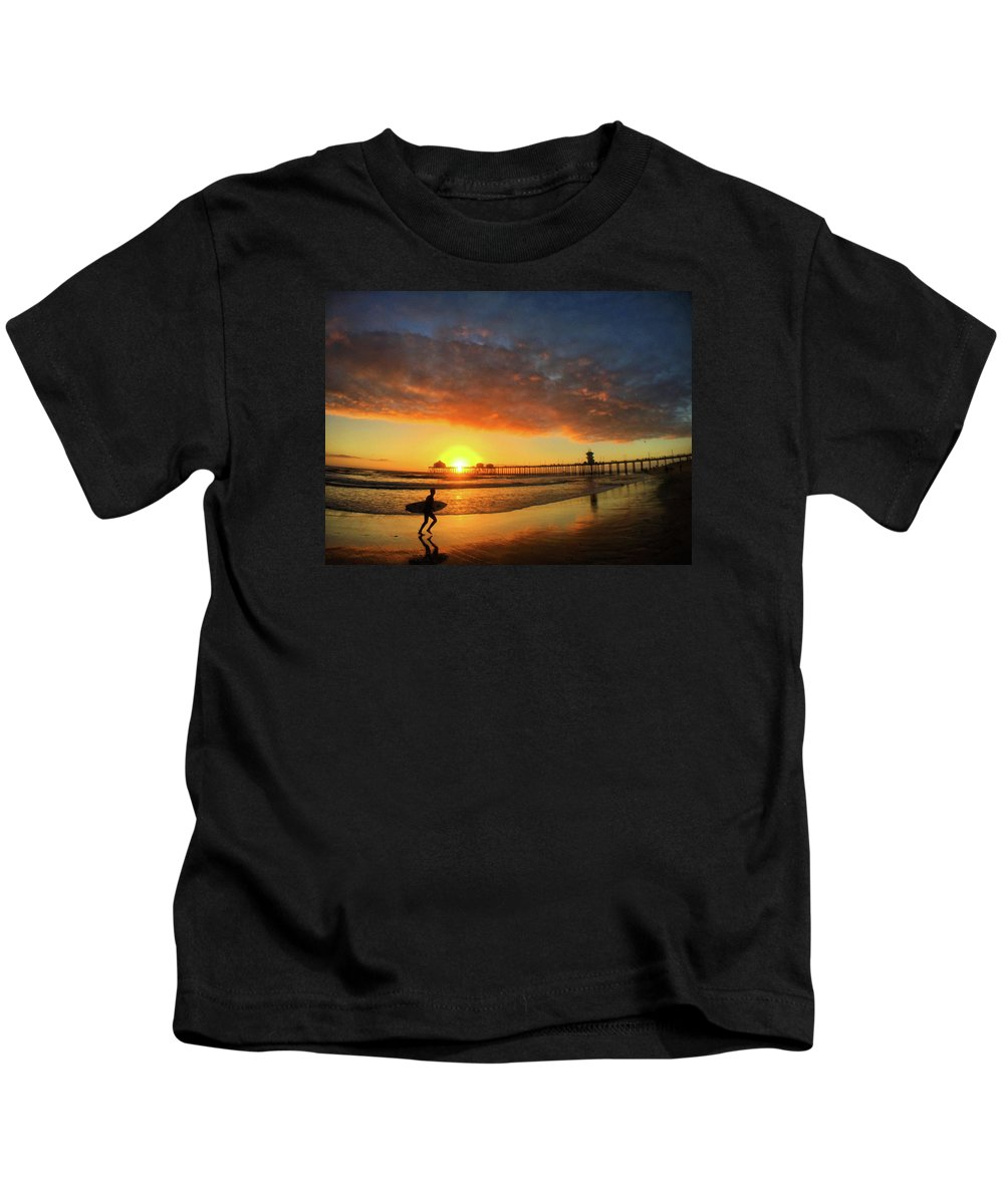 Huntington Beach Kids T-Shirt featuring the photograph Huntington Beach Pier Sunset by Braden Moran