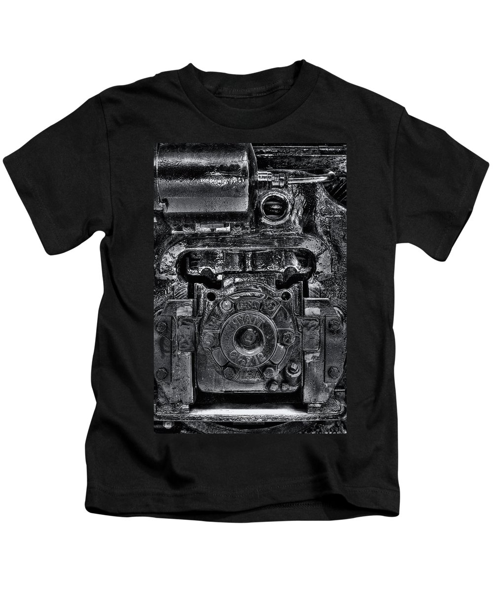 Train Kids T-Shirt featuring the photograph Hyatt Bearings by Scott Wyatt