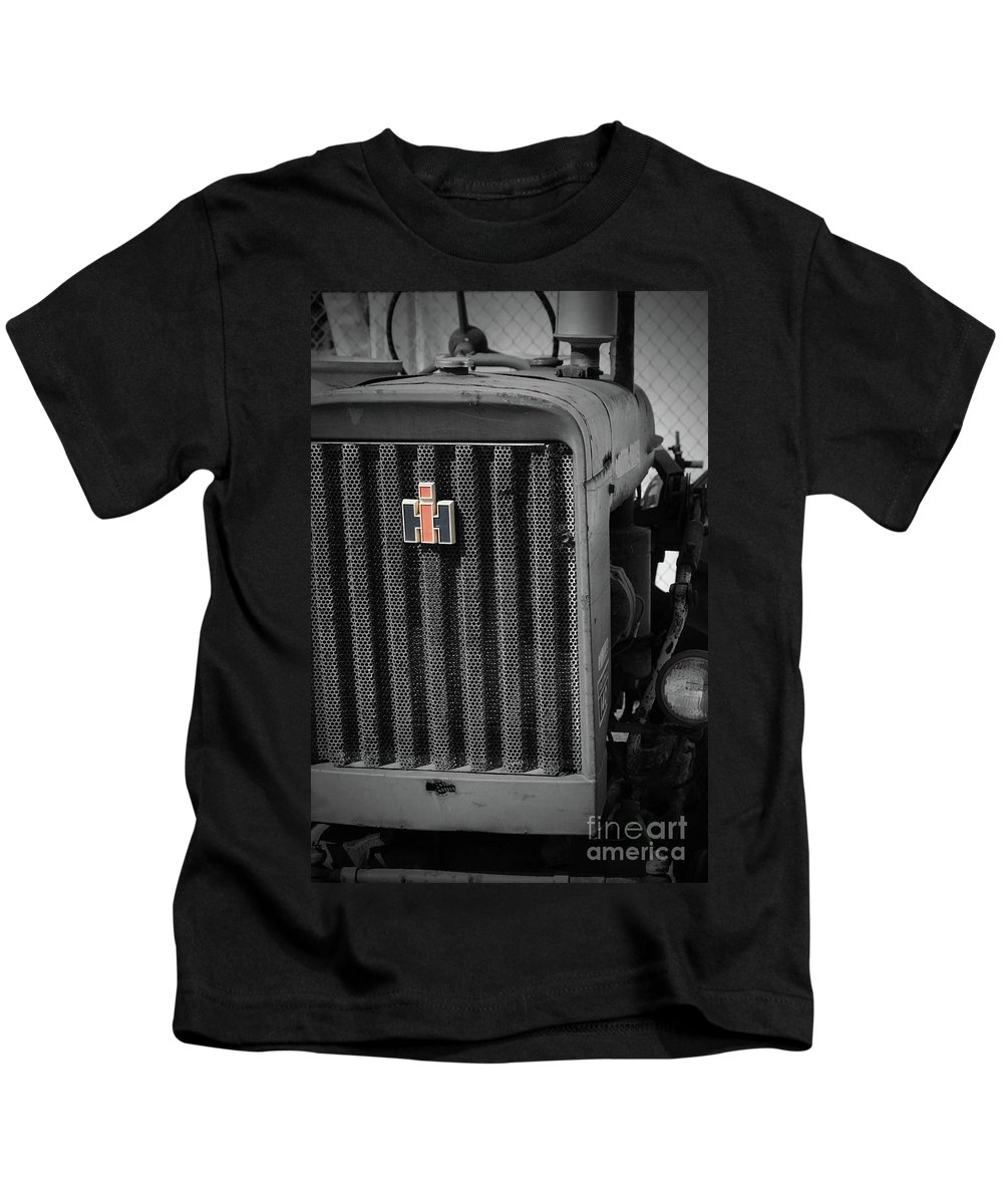 International Harvestor Kids T-Shirt featuring the photograph Ih Tractor by Jost Houk