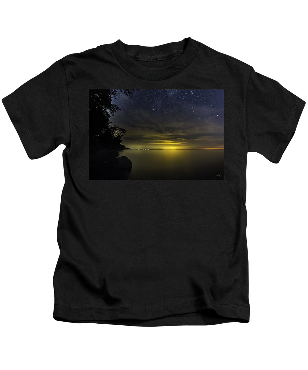 Stars Kids T-Shirt featuring the photograph Imagine by Everet Regal