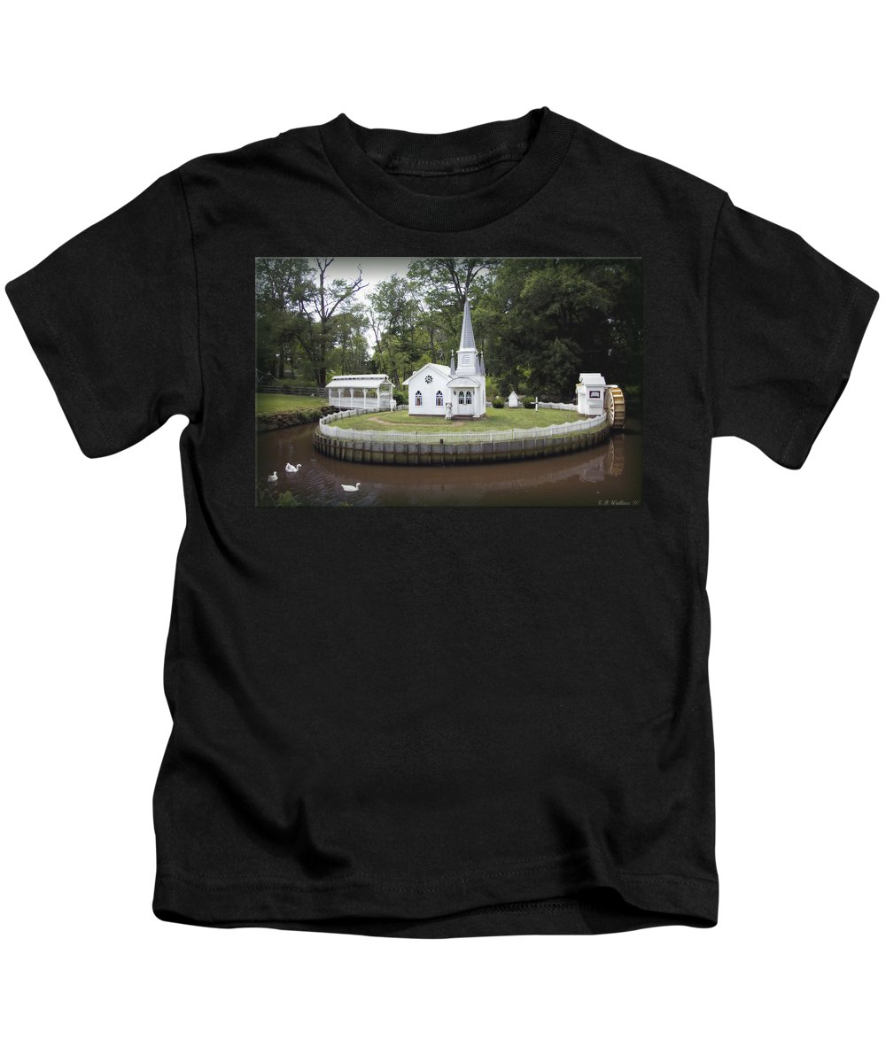 2d Kids T-Shirt featuring the photograph Inspiration by Brian Wallace