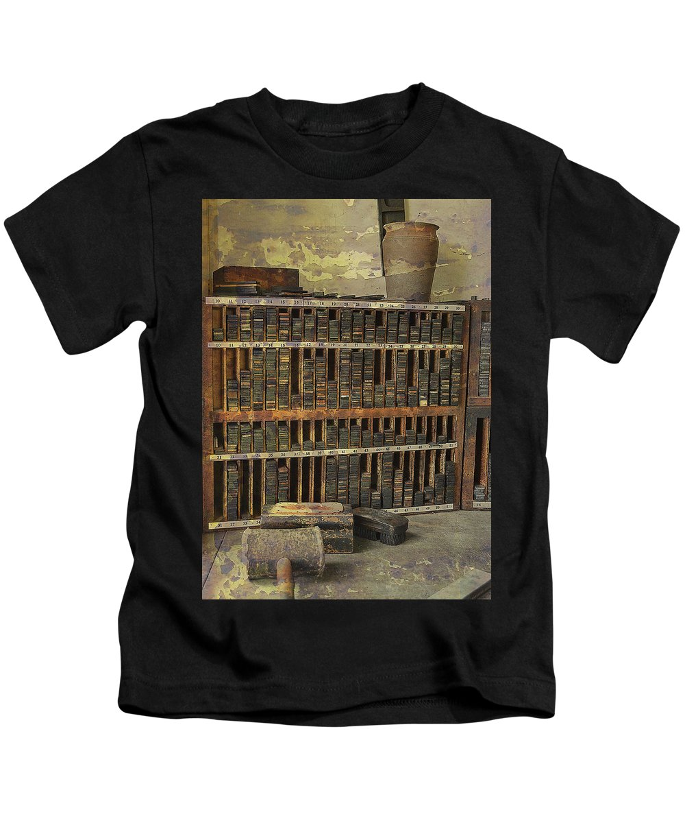 Type Shelves Kids T-Shirt featuring the photograph Intervening Years by Char Szabo-Perricelli