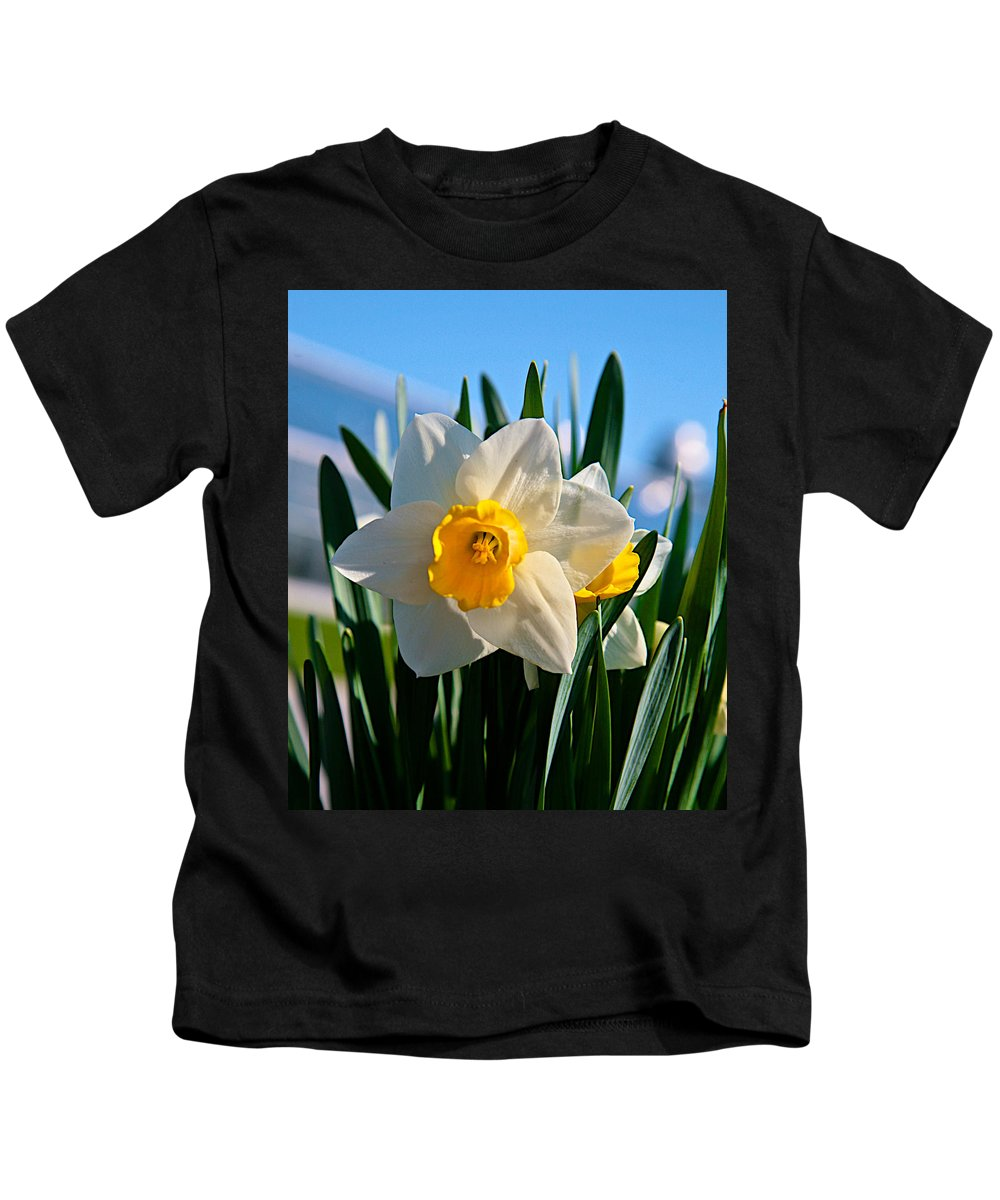 Plant Kids T-Shirt featuring the photograph Its Spring by Robert Pearson