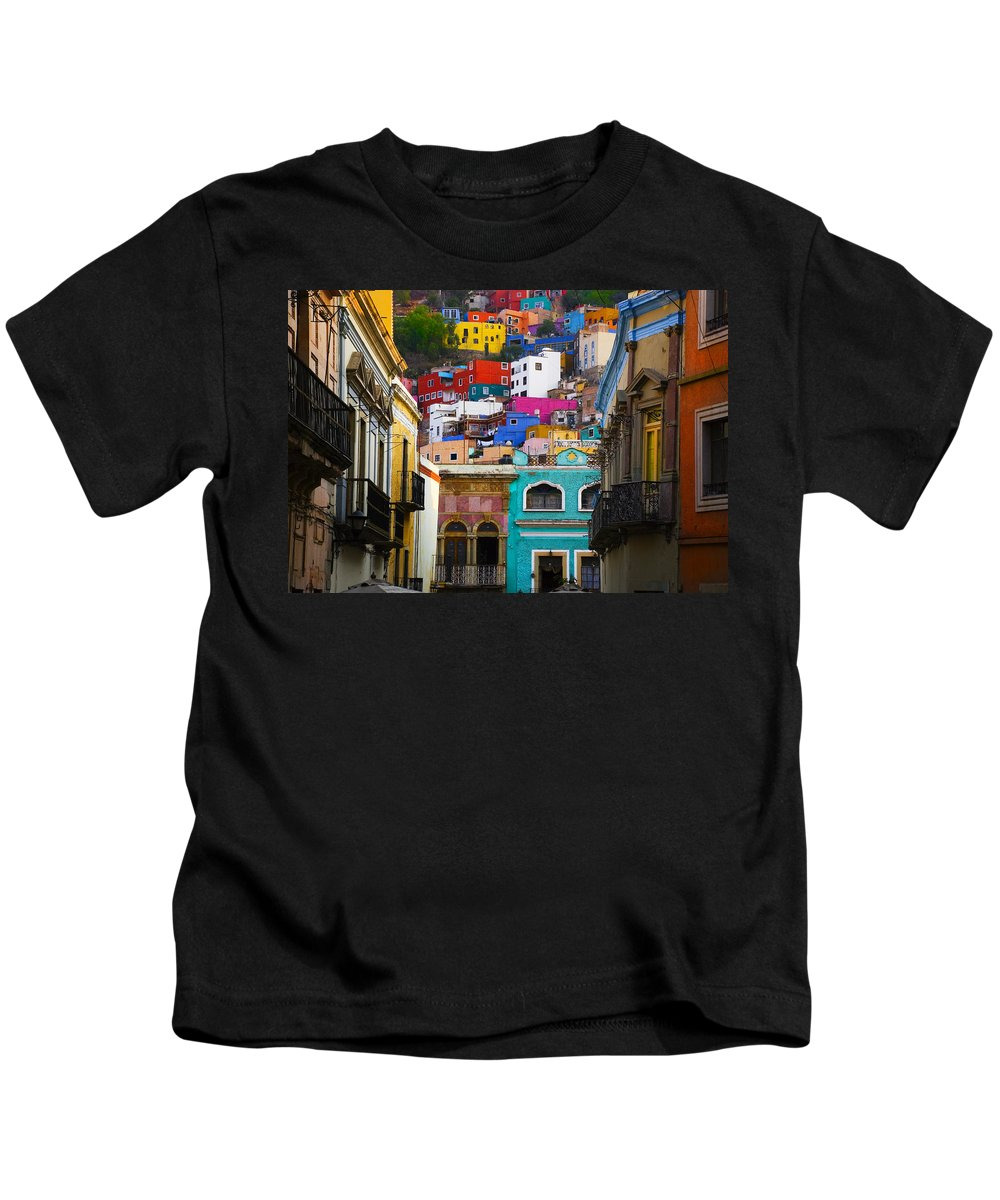 Architecture Kids T-Shirt featuring the photograph Juegos In Guanajuato by Skip Hunt
