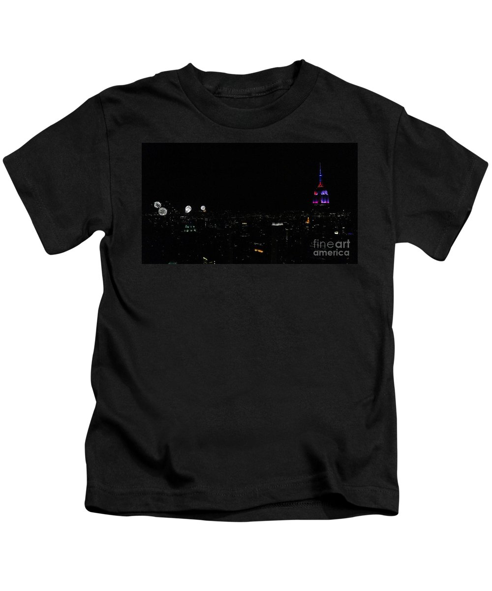 Empire State Building Kids T-Shirt featuring the photograph July 4th 2015 by Lilliana Mendez