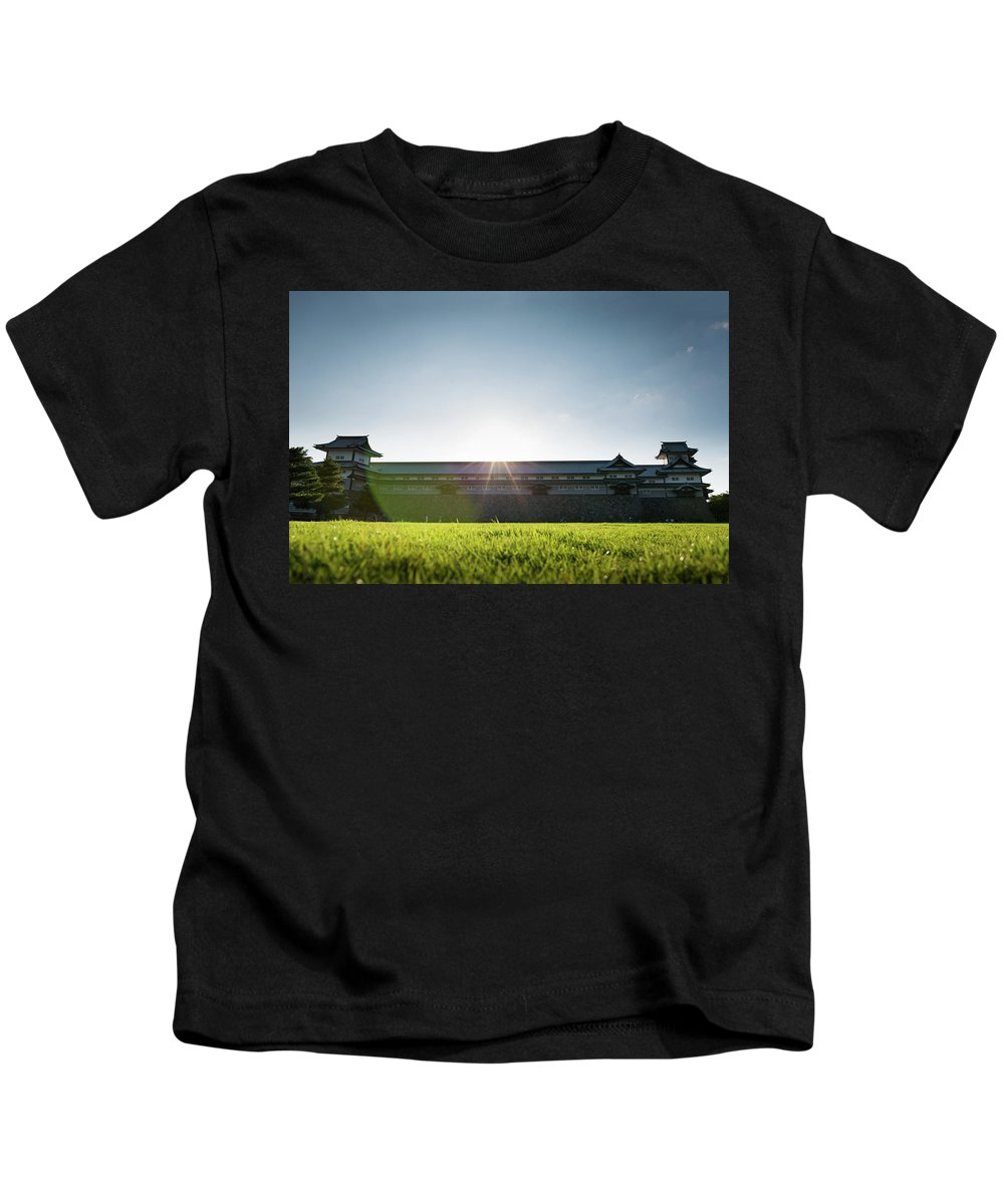Japan Kids T-Shirt featuring the photograph Kanazawa Castle by Sam Garcia