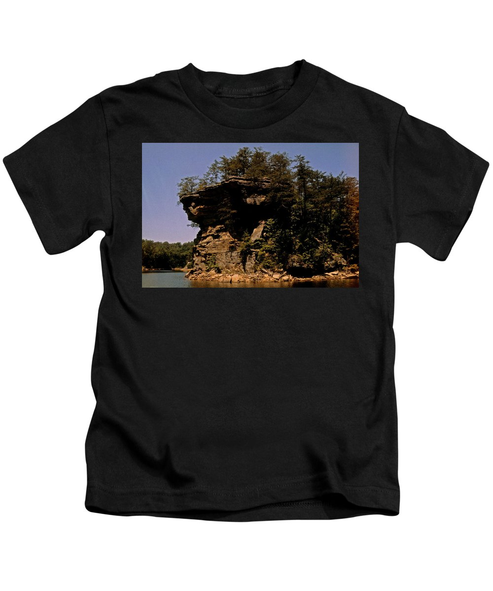 Kentucky Kids T-Shirt featuring the photograph Kentucky Wonder by Gary Wonning