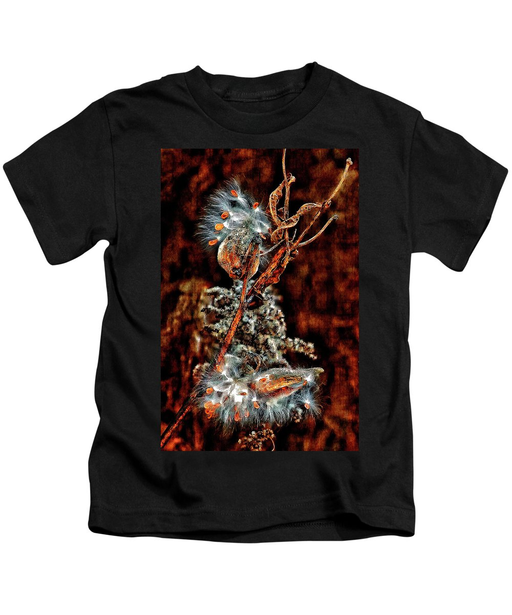 Milkweed Kids T-Shirt featuring the photograph Lady Of The Dance II by Steve Harrington