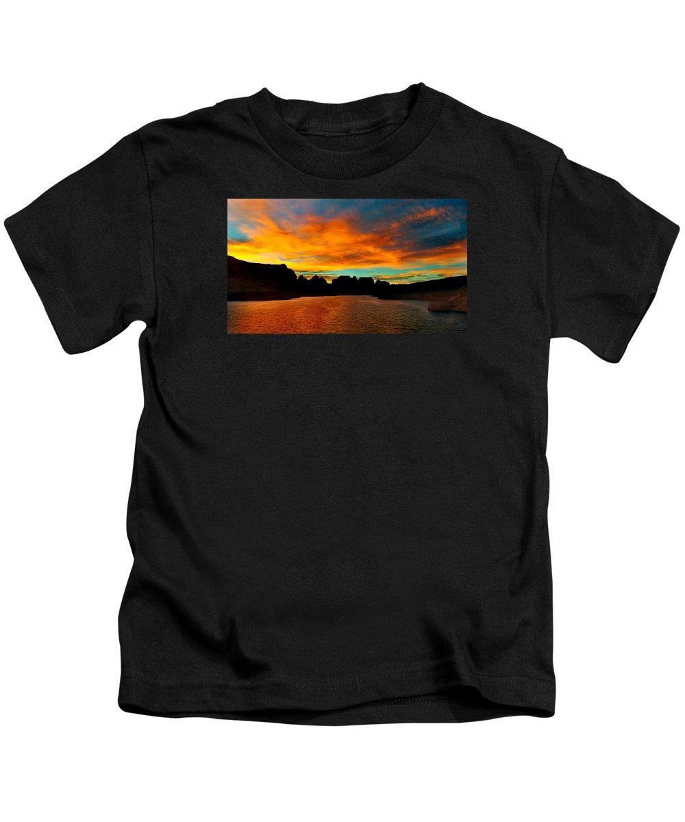 Lake Powell Kids T-Shirt featuring the photograph Lake Powell Sunrise by Martin Massari
