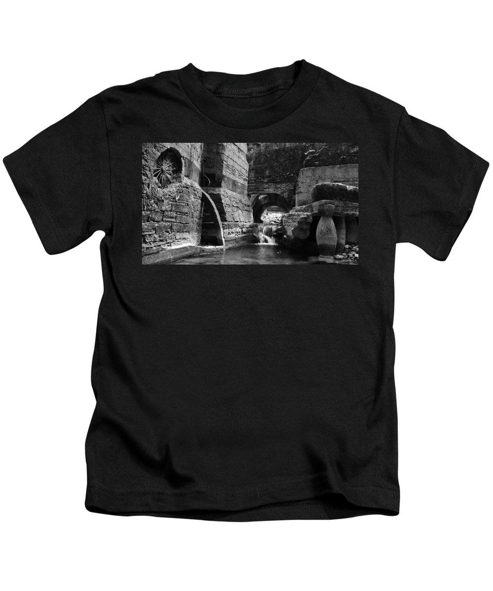 Skip Hunt Kids T-Shirt featuring the photograph Las Pozas 1 by Skip Hunt