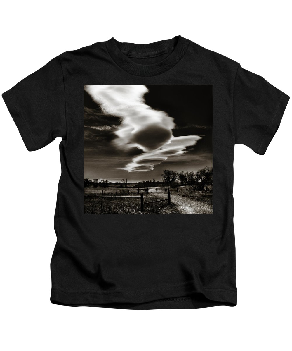 Clouds Kids T-Shirt featuring the photograph Lenticular Clouds Of Colorado by Marilyn Hunt