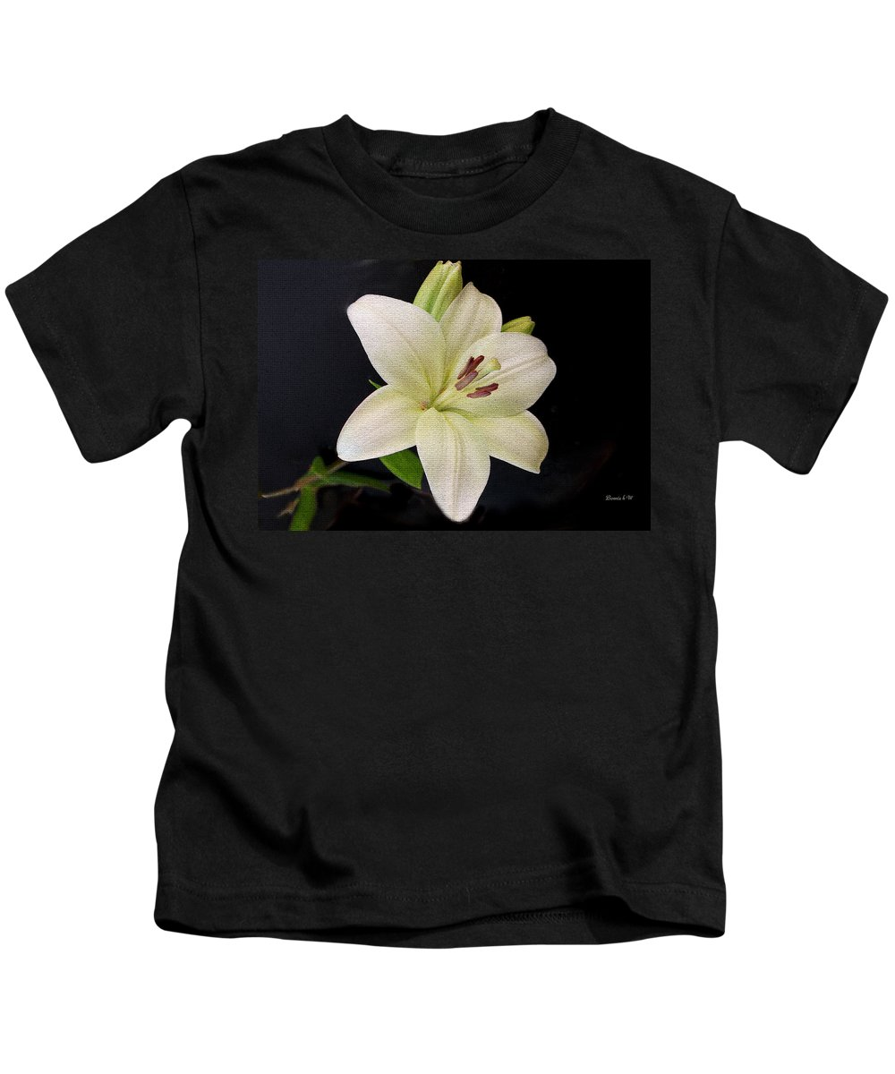 White Lily Kids T-Shirt featuring the photograph Lily by Bonnie Willis