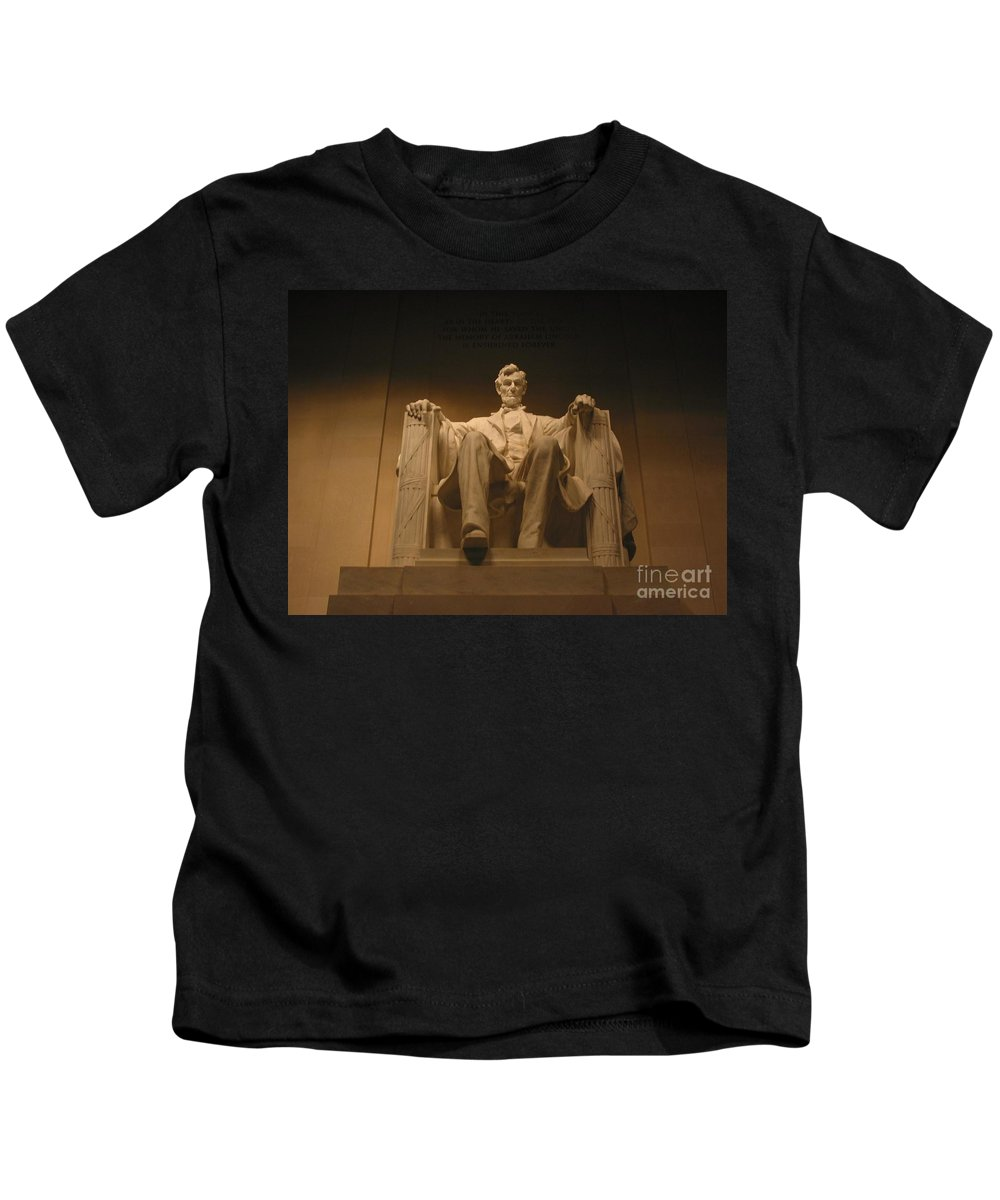 Abraham Lincoln Kids T-Shirt featuring the photograph Lincoln Memorial by Brian McDunn