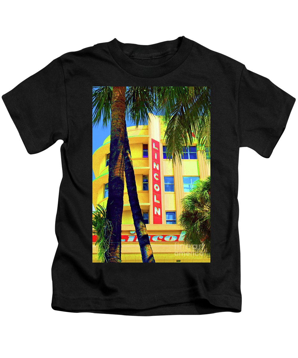 Lincoln Road Kids T-Shirt featuring the photograph Lincoln Theatre - Sobe by Jost Houk
