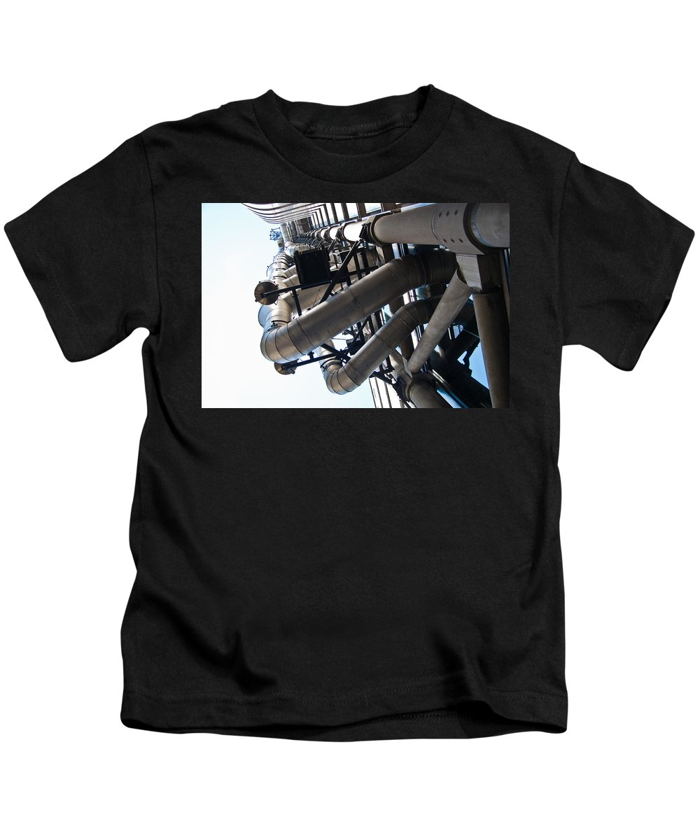Lloyds Of London Kids T-Shirt featuring the photograph Lloyds Of London by Dawn OConnor