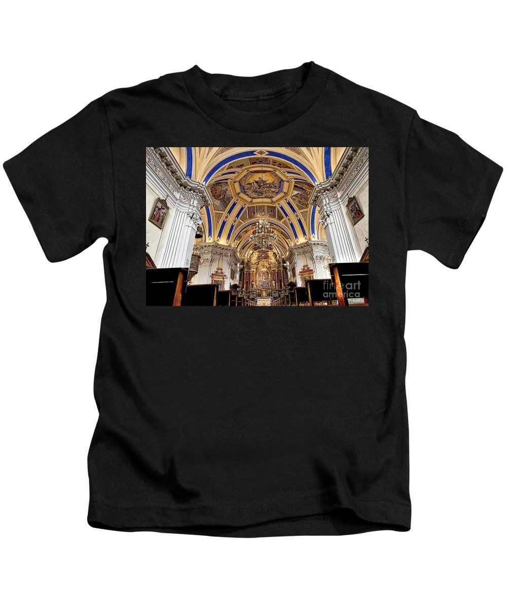 Saint Nicolas De Veroce Kids T-Shirt featuring the photograph Looking Up by Kevin Williams