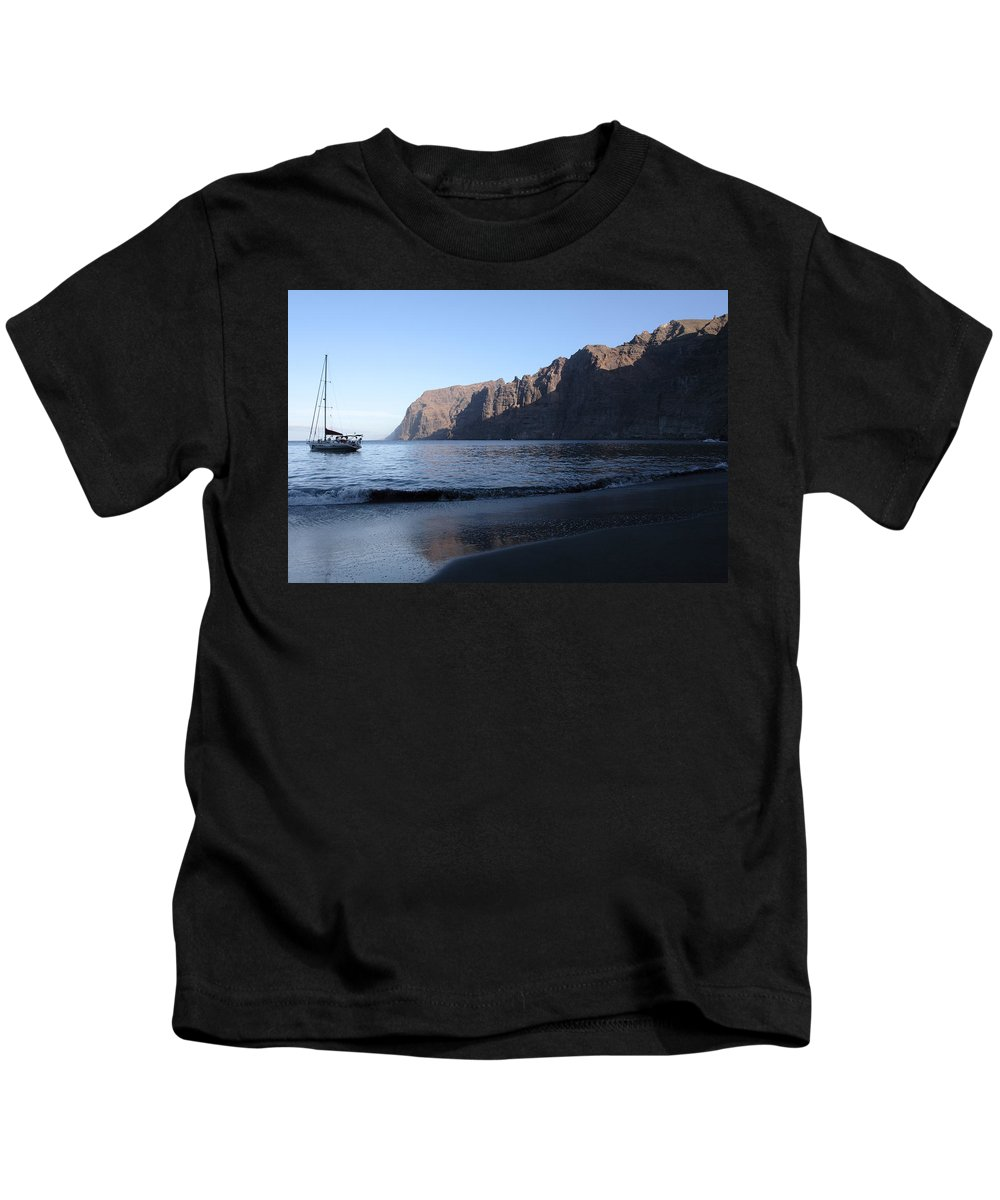 Seascape Kids T-Shirt featuring the photograph Los Gigantes Yacht by Phil Crean