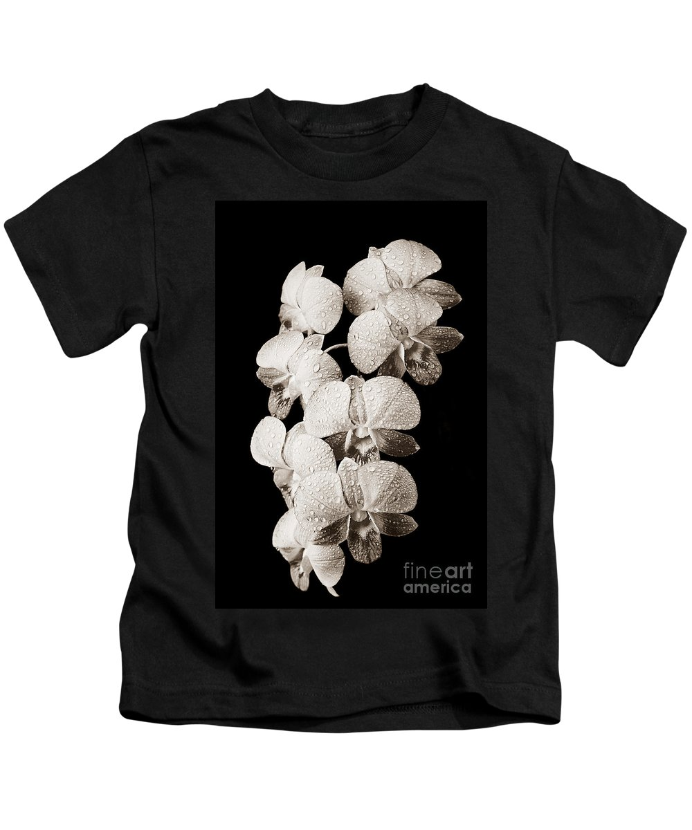 05-pfs0113 Kids T-Shirt featuring the photograph Lovely Orchid Cluster by Carl Shaneff - Printscapes