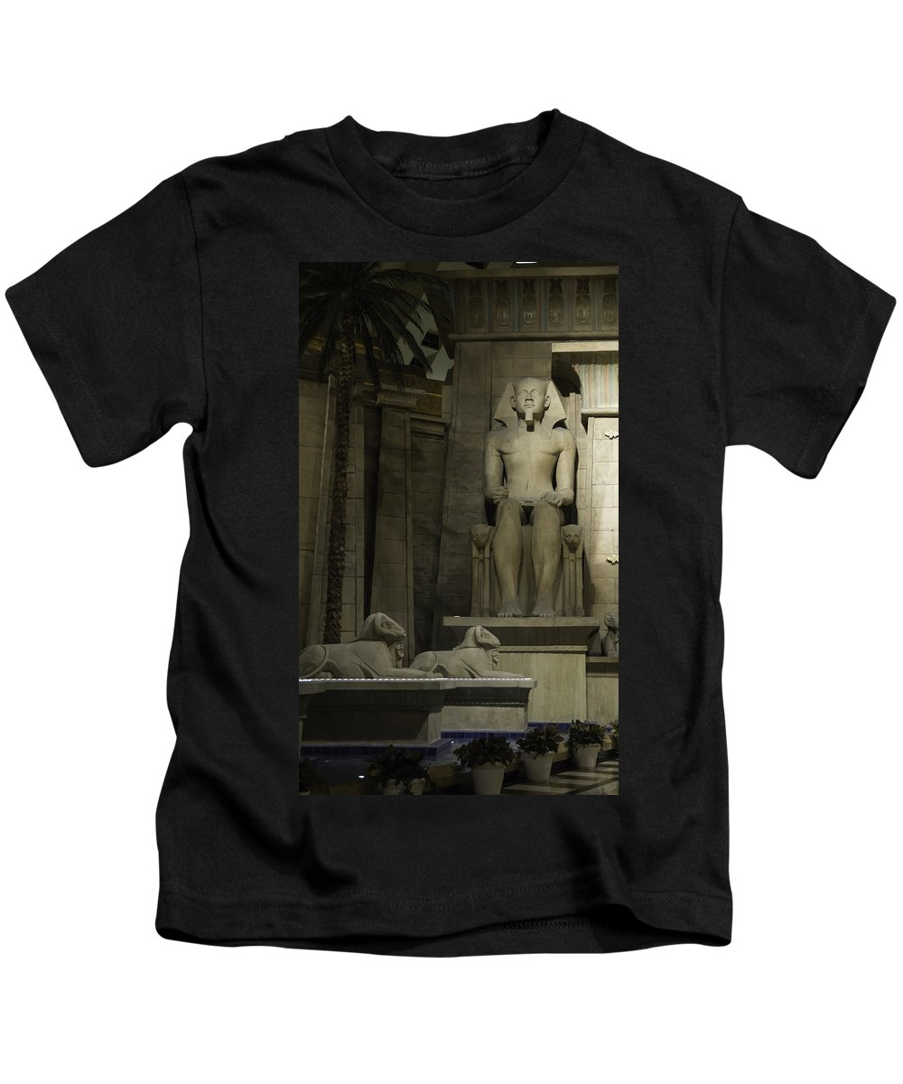 2015 Kids T-Shirt featuring the photograph Luxor Interior 4 by Teresa Mucha