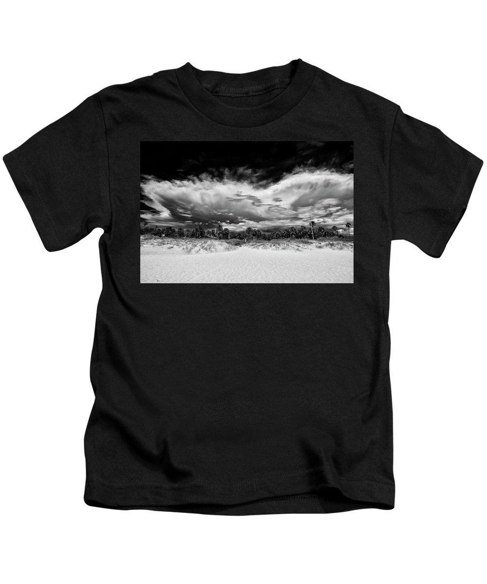 Madeira Beach Kids T-Shirt featuring the photograph Madeira Beach by Kevin Cable
