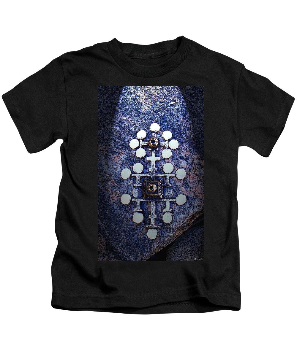 Sarpaneva Kids T-Shirt featuring the photograph Modern Bronze Design by Merja Waters