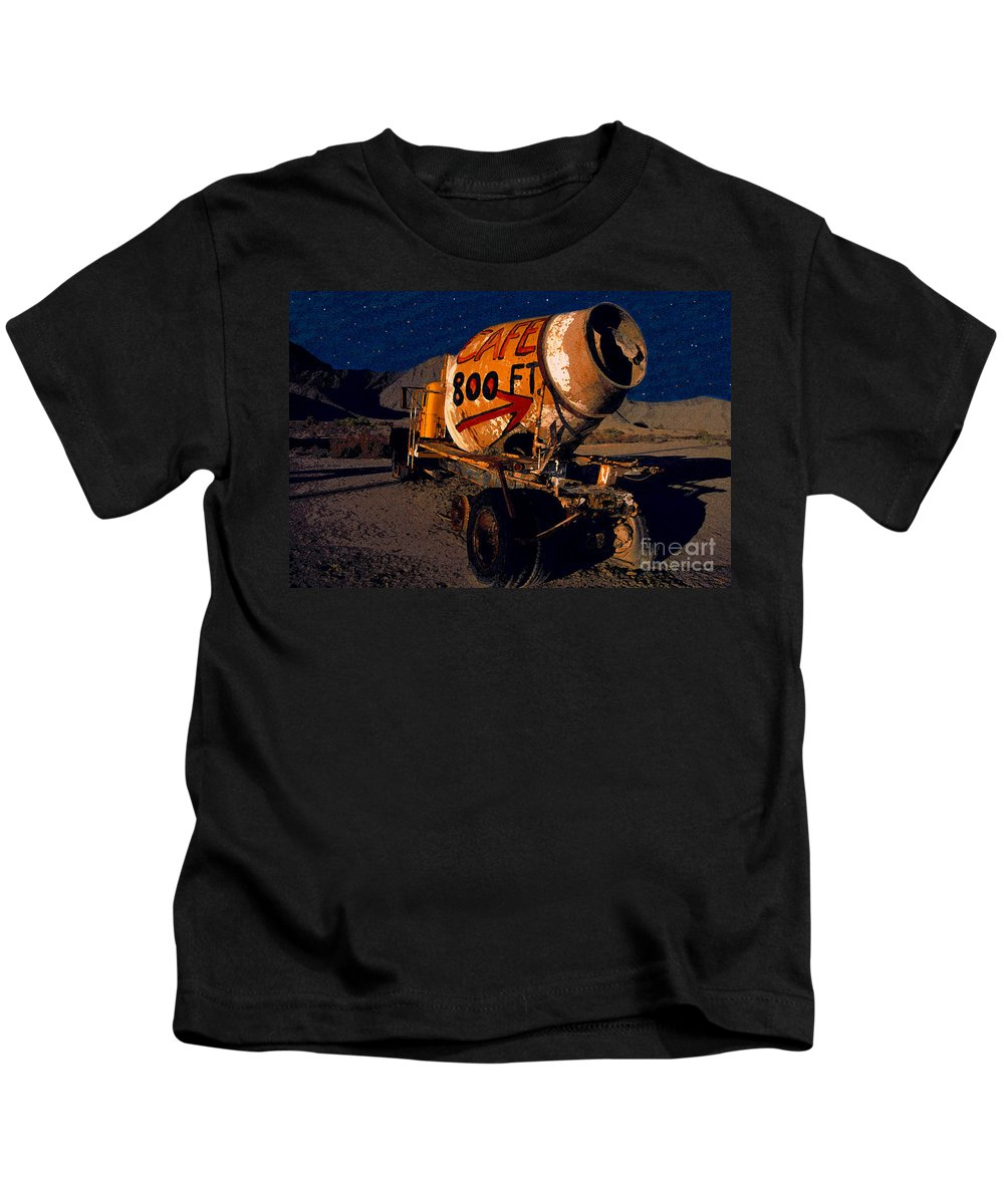 Moonlight Kids T-Shirt featuring the painting Moonlight Cafe by David Lee Thompson