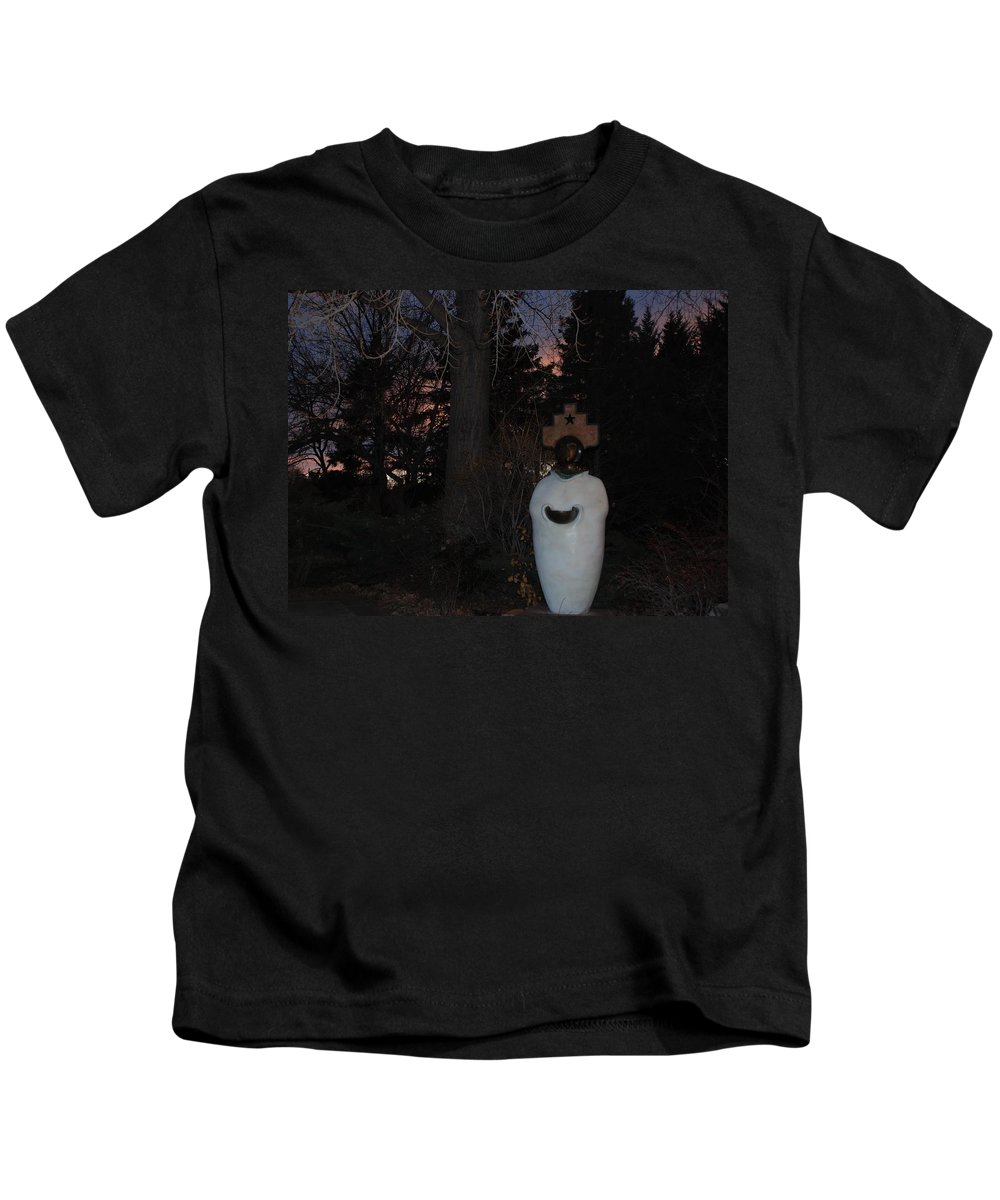 Trees Kids T-Shirt featuring the photograph Native American Sculpture At The State Capital by Rob Hans