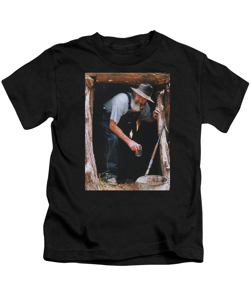 Michael Dillon Kids T-Shirt featuring the photograph Near Bout Ready by Michael Dillon