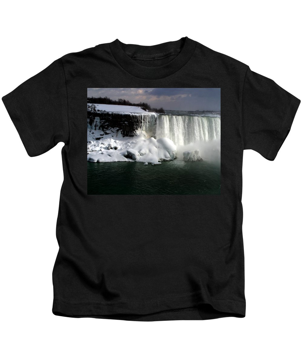 Landscape Kids T-Shirt featuring the photograph Niagara Falls 6 by Anthony Jones