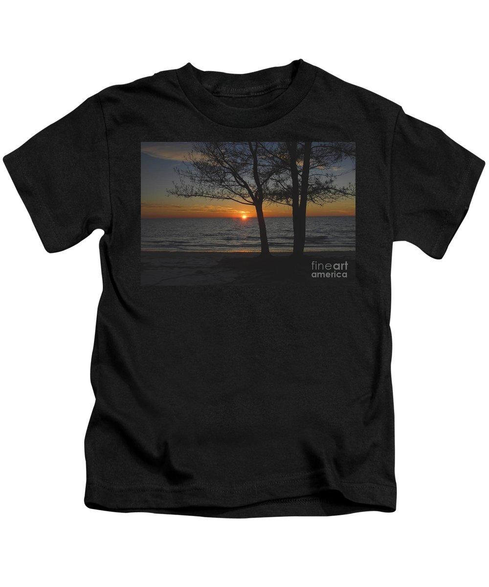 Beach Kids T-Shirt featuring the photograph North Beach Sunset by David Lee Thompson