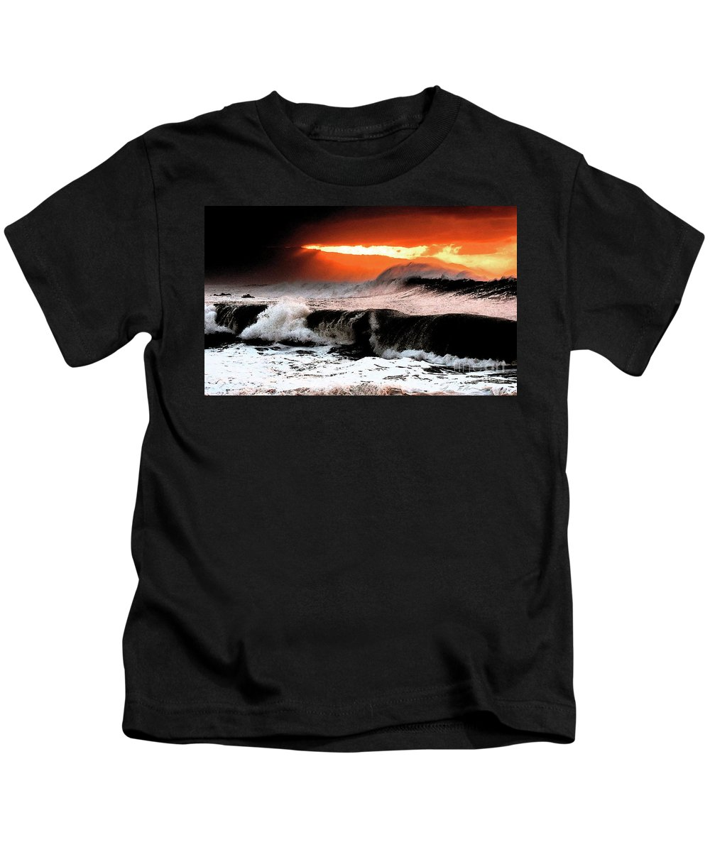 North Shore Kids T-Shirt featuring the digital art North Shore by Tommy Anderson