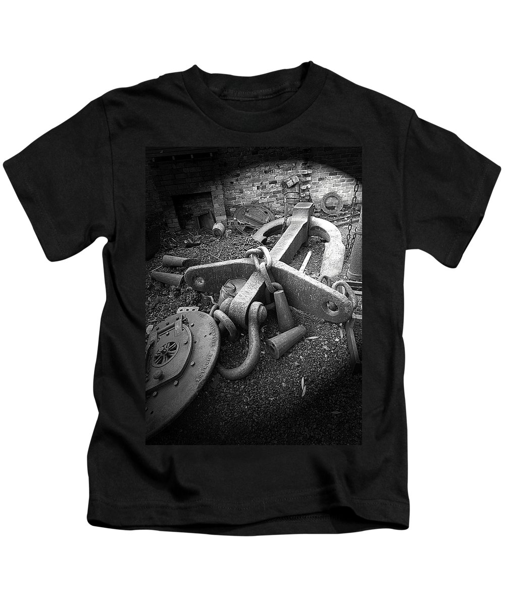 Cast Iron Kids T-Shirt featuring the photograph Old Anchor by Bob Kemp