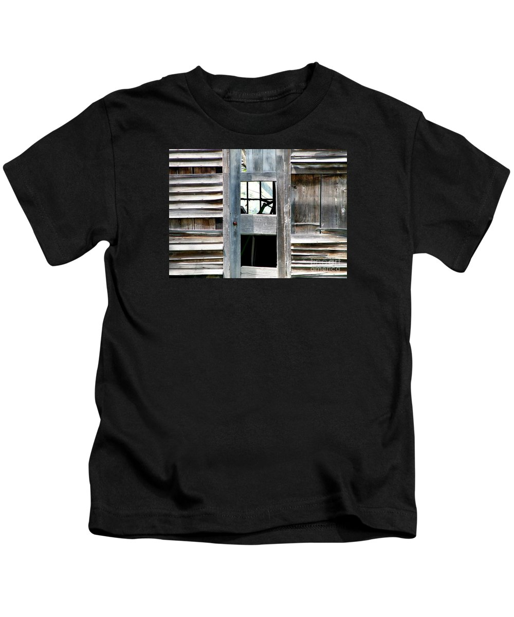 Barns Kids T-Shirt featuring the photograph Old Barn Closeup by Rose Santuci-Sofranko