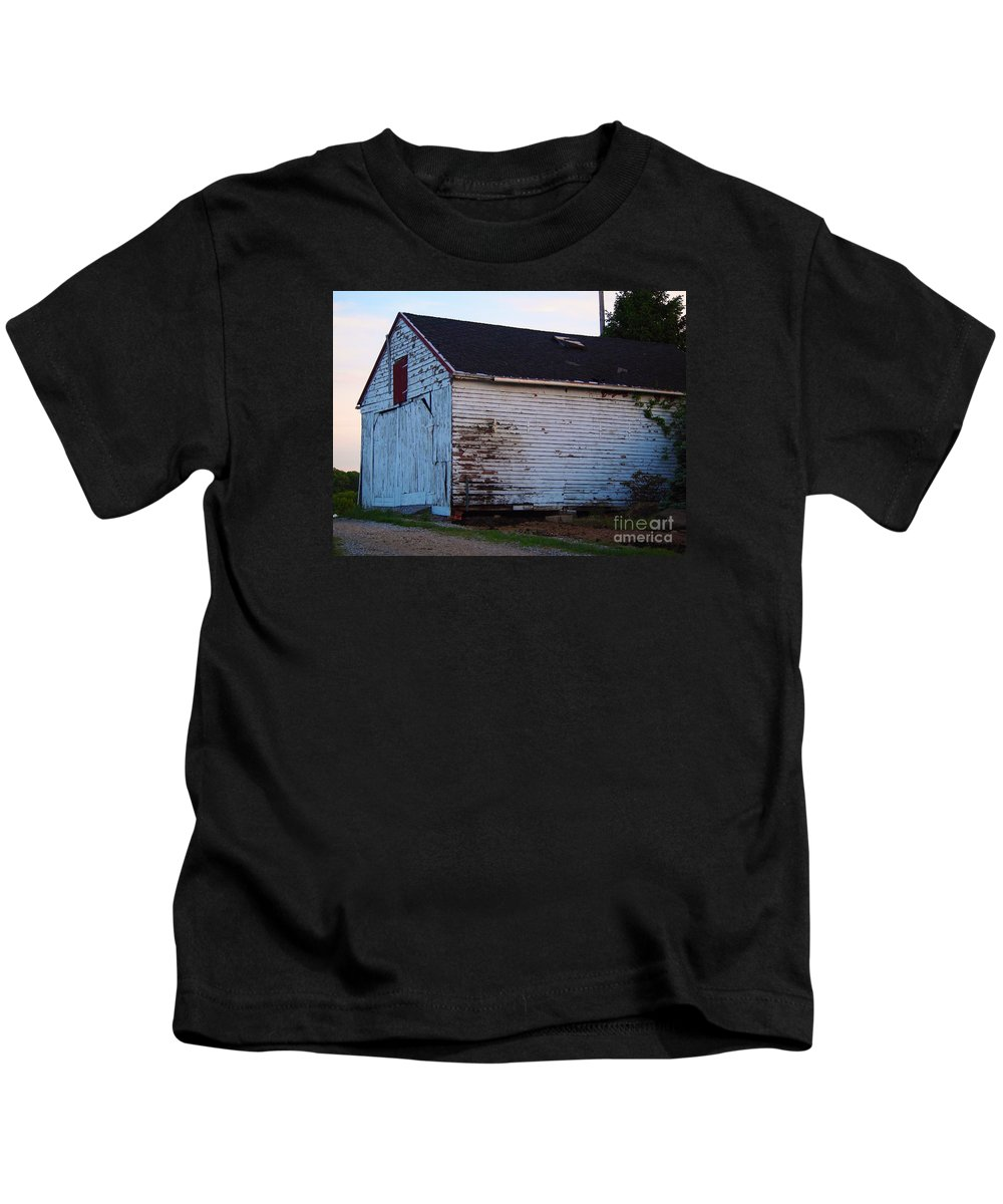 Alpaca Farm Kids T-Shirt featuring the photograph Old Barn by Jennifer Craft