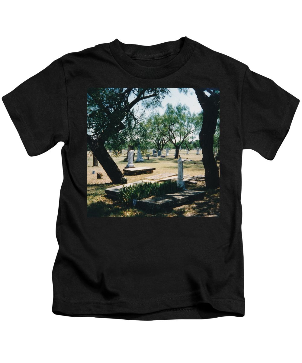 Graves Cementery Trees Shade Kids T-Shirt featuring the photograph Old Cementery by Cindy New