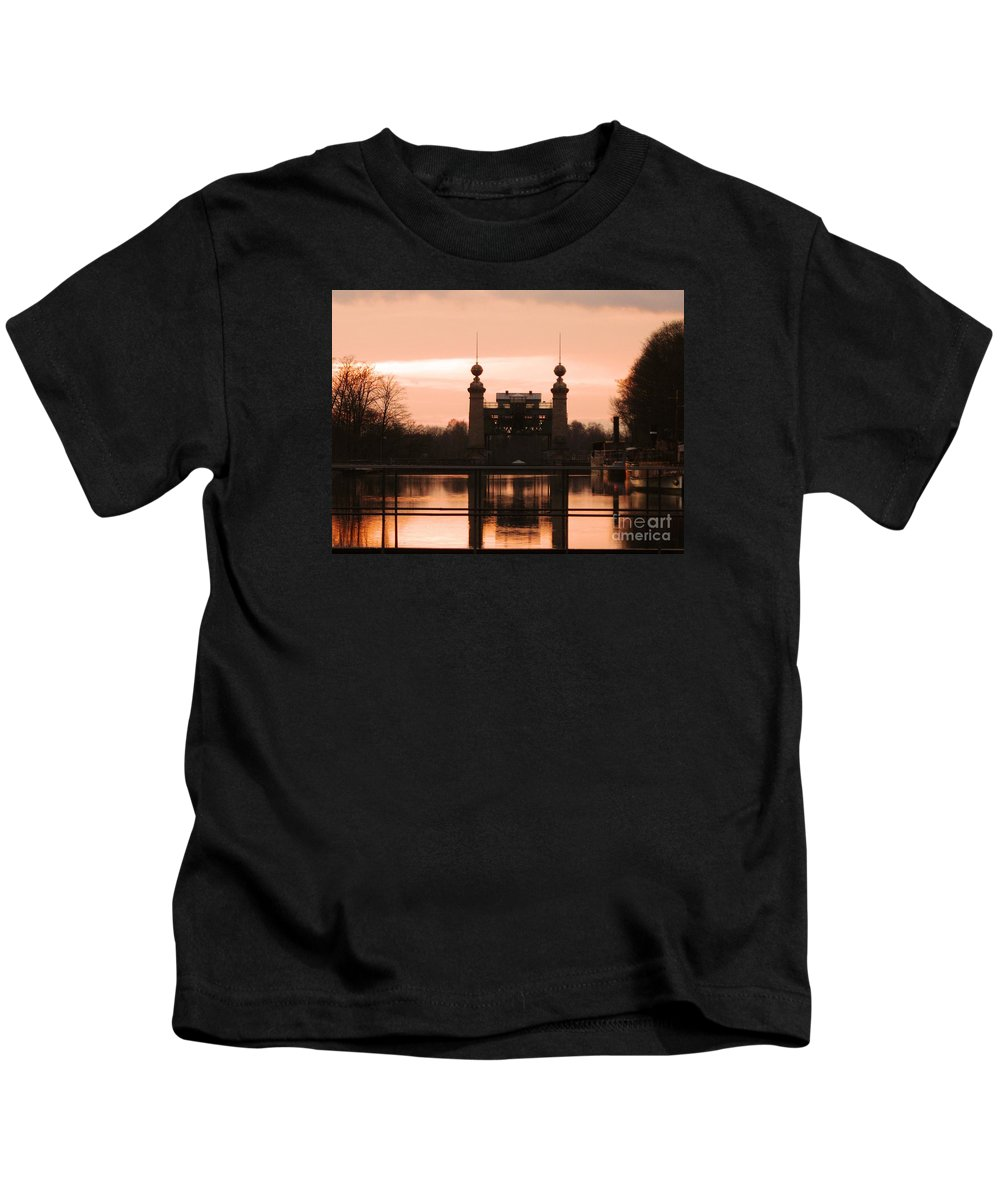 Lift Lock Kids T-Shirt featuring the photograph Old Lift Lock by Christiane Schulze Art And Photography