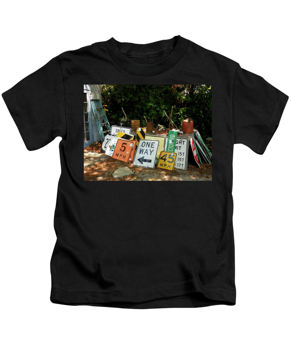 Old Sign Kids T-Shirt featuring the painting Old Sign by Jeelan Clark