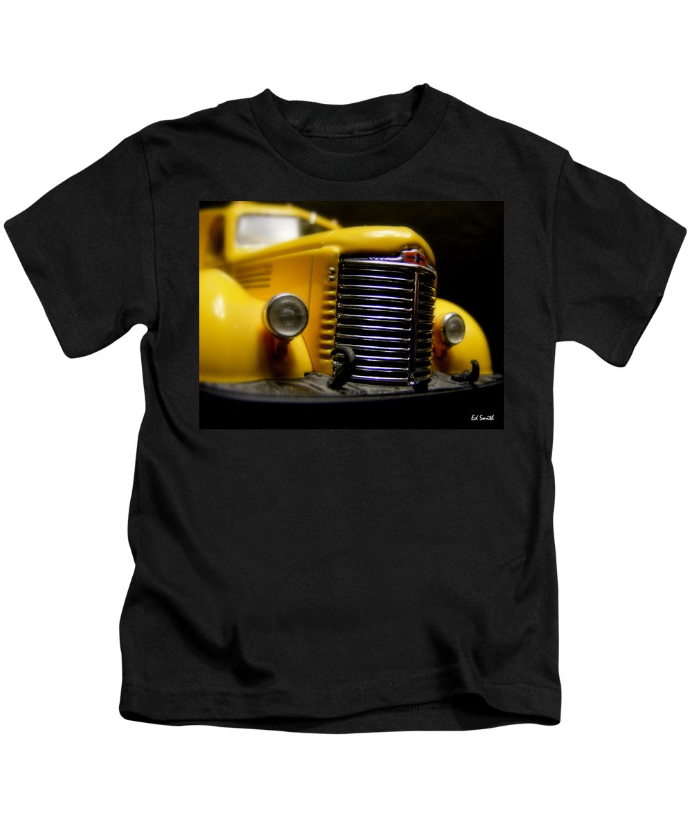Old Work Horse Kids T-Shirt featuring the photograph Old Work Horse by Edward Smith