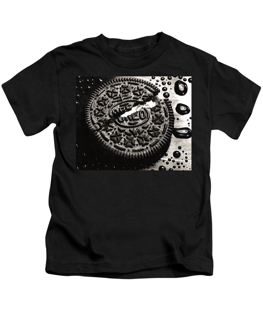Cookie Kids T-Shirt featuring the photograph Oreo Cookie by Nancy Mueller