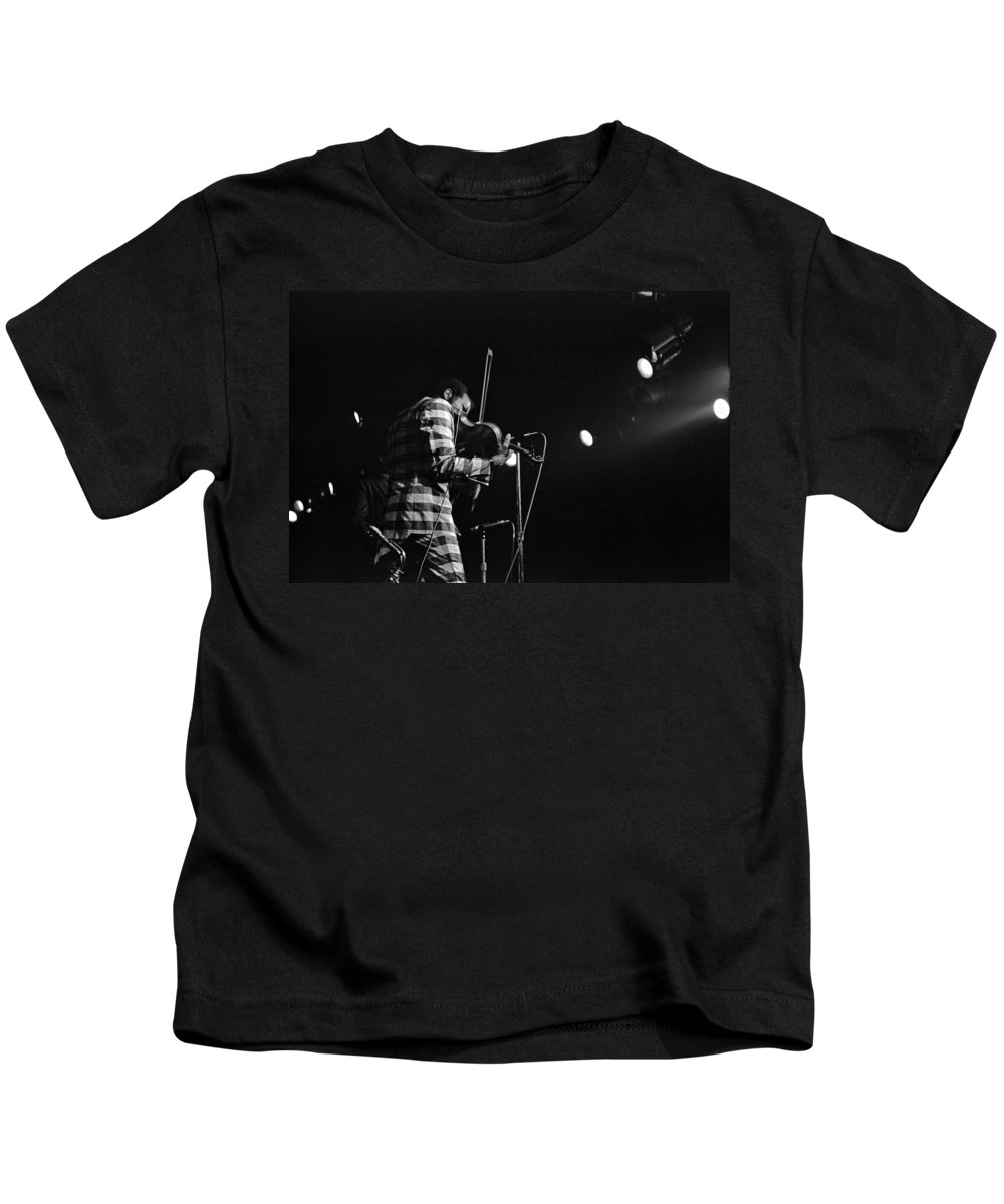 Ornette Coleman Kids T-Shirt featuring the photograph Ornette Coleman On Violin by Lee Santa