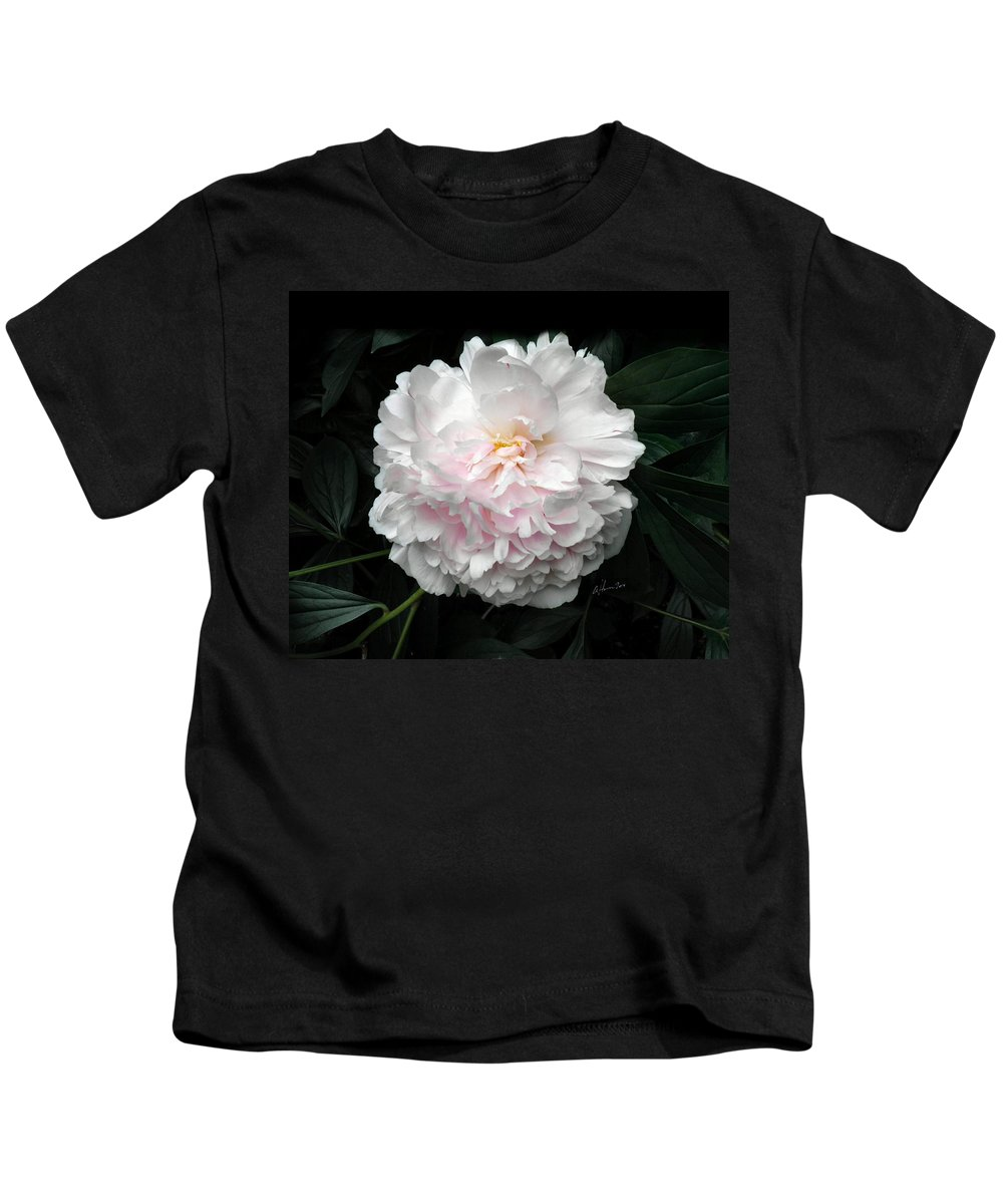 Peony Kids T-Shirt featuring the photograph Paeon by T Cook