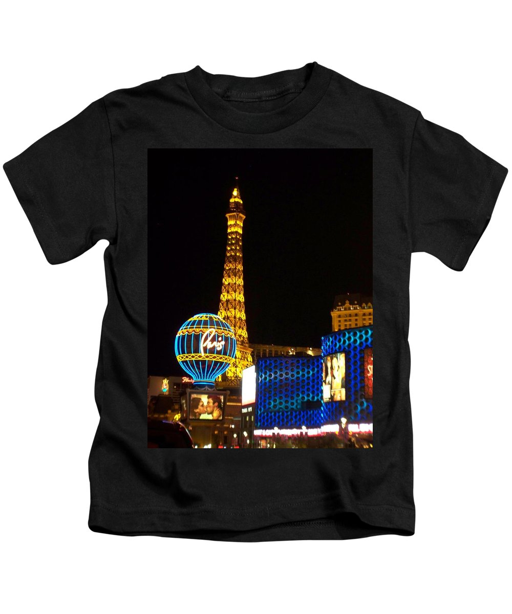Vegas Kids T-Shirt featuring the photograph Paris Hotel At Night by Anita Burgermeister