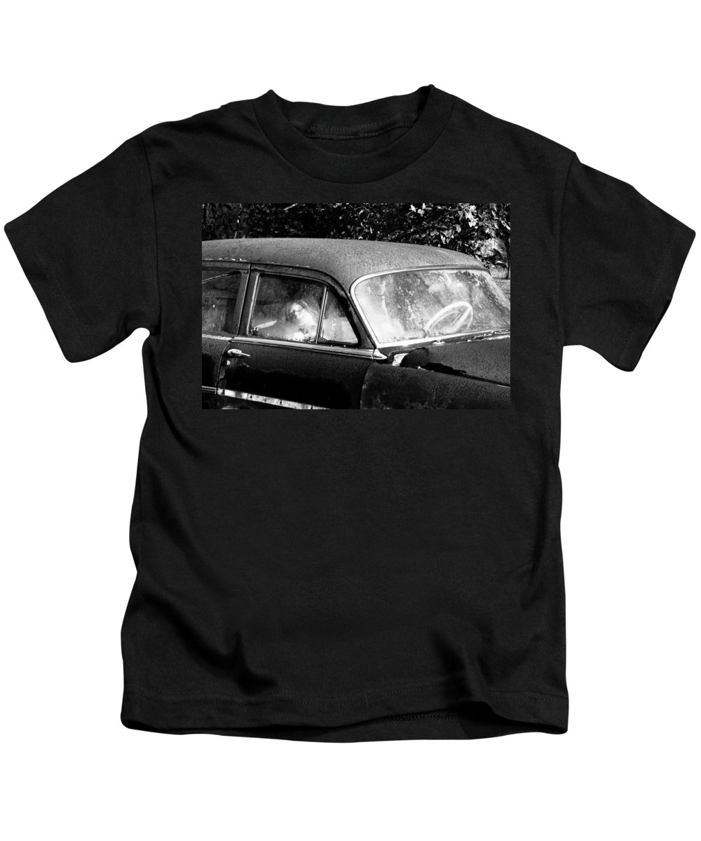 Passenger Kids T-Shirt featuring the photograph Passenger by David Lee Thompson