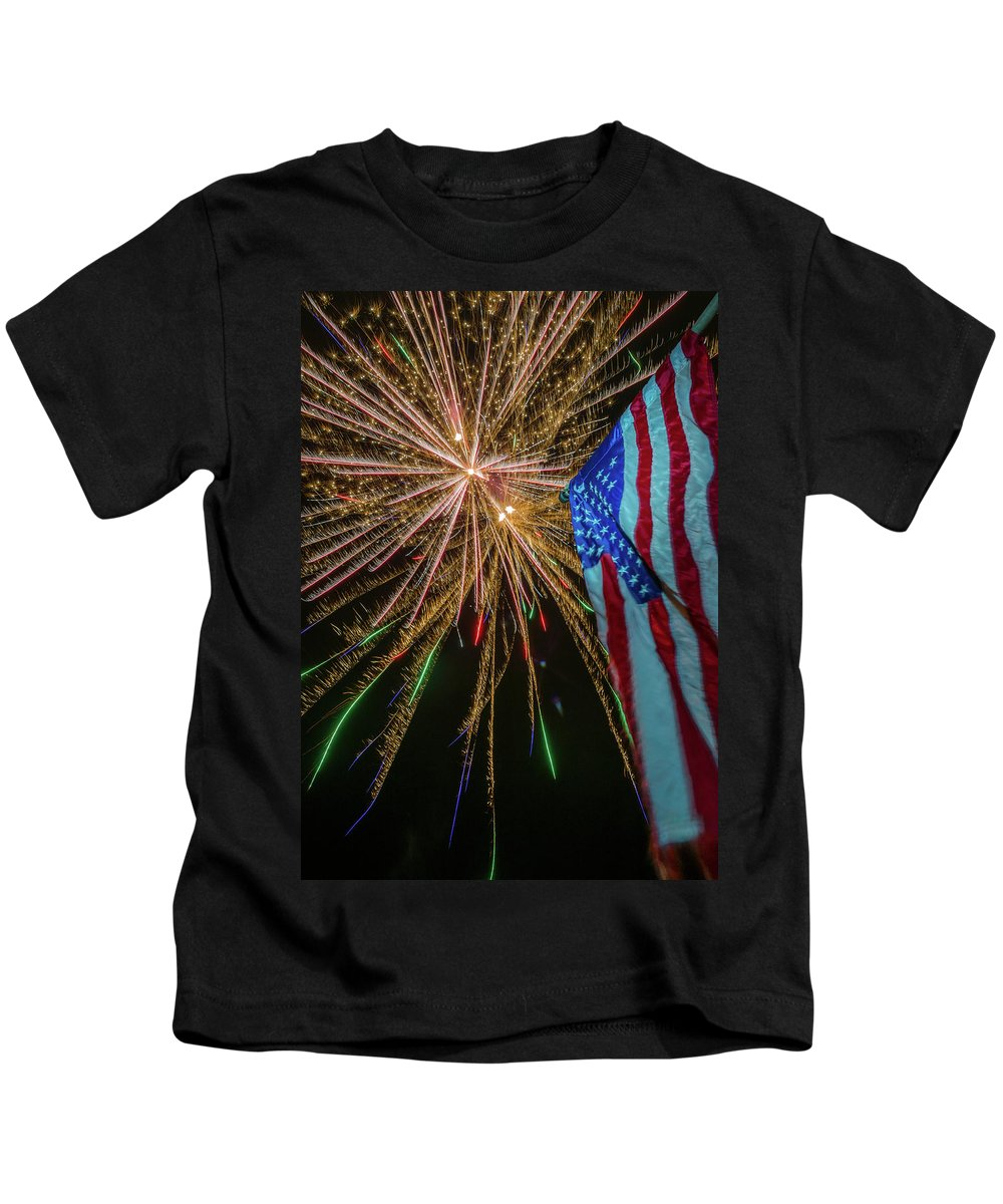 Fireworks Kids T-Shirt featuring the photograph Patriotic Fireworks by David Hart