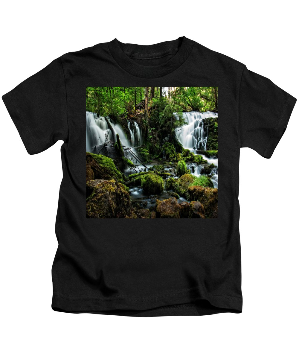 Columbia Gorge Kids T-Shirt featuring the photograph Pearsony Falls by Ingrid Smith-Johnsen