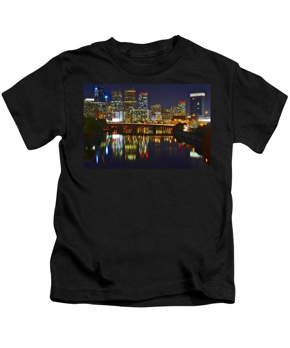 Philadelphia Kids T-Shirt featuring the photograph Philadelphia Pa River View by Skyline Photos of America