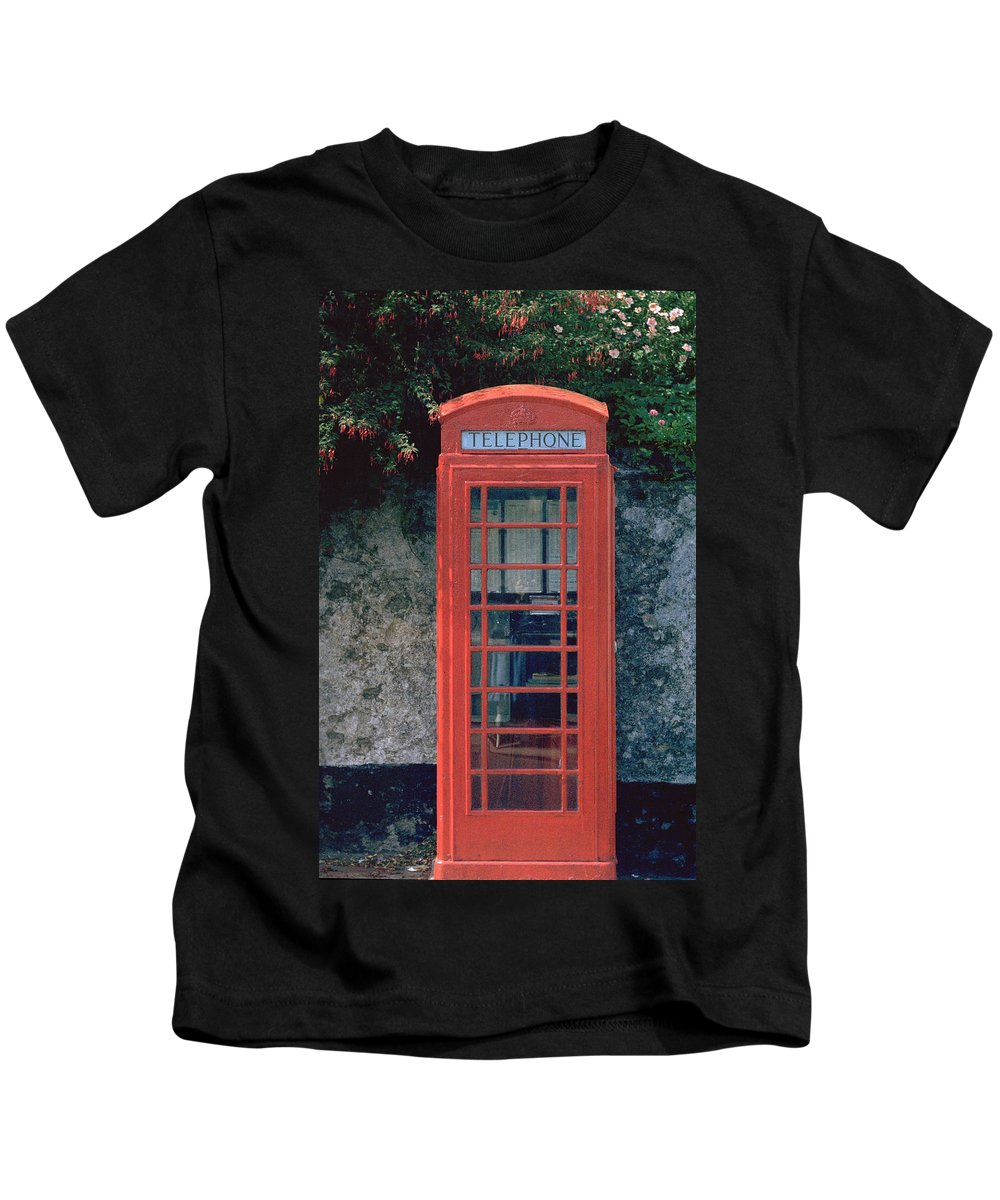 Great Britain Kids T-Shirt featuring the photograph Phone Booth by Flavia Westerwelle
