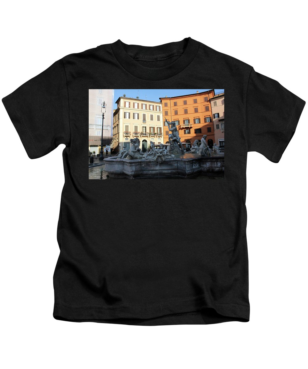 Piazza Navona Kids T-Shirt featuring the photograph Piazza Navona Rome by Munir Alawi
