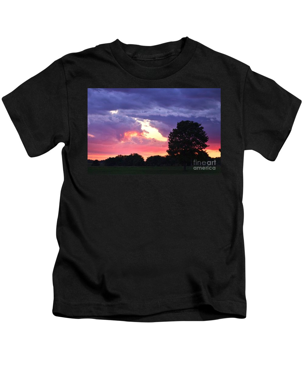 Picasso Kids T-Shirt featuring the photograph Picasso Sunset by Ty Shults